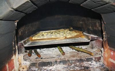 Brotbacken mit dem Heimatverein
